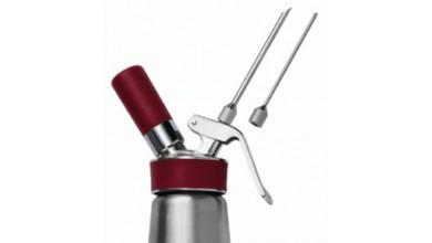 Les 2 aiguilles d'injection 3 et 5 mm