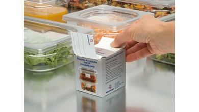 Water-soluble labels for gastronorm bins