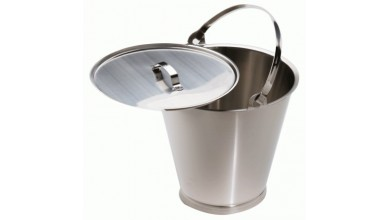 Stainless bucket with reinforced bottom