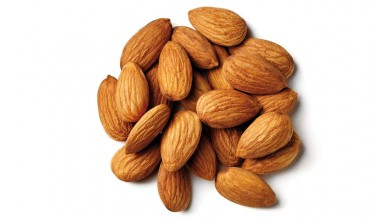 Shelled whole natural almonds