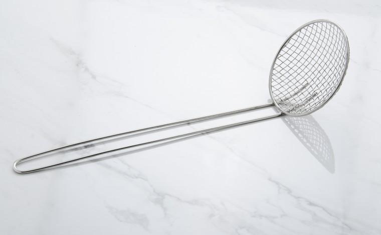 Ecumoire à friture diamètre 12 cm