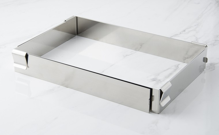 Stainless extendable frame
