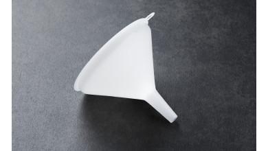 Plastic funnel 10 cm