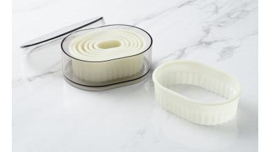 Boîte de 7 découpoirs ovales arrondis canneles