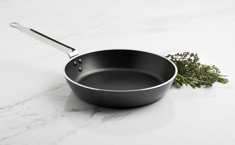 Round non-stick frying pan 20 cm CHEF