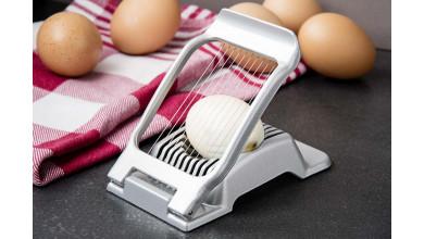 Sliced egg cutter