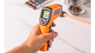 Thermomètre infra-rouge alimentaire à visée laser  -50°C / +380°C.
